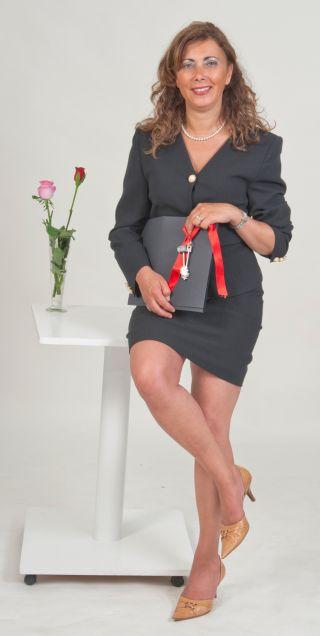 Alessandra Muscolo, Agente Immobiliare